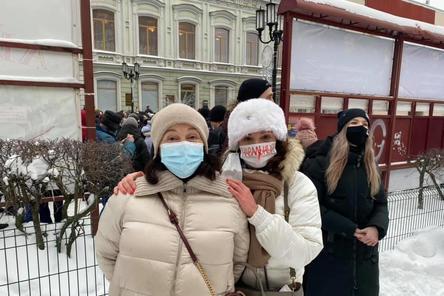 Дочь Немцова вышла на нижегородский митинг в поддержку Навального 23 января