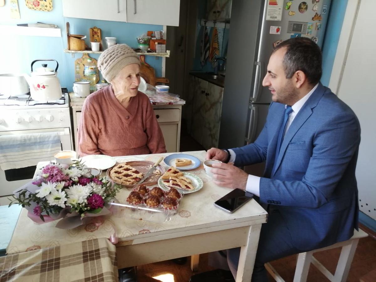 После обращения к Президенту во дворе у дома пенсионерки в Сормове появился свет - фото 1