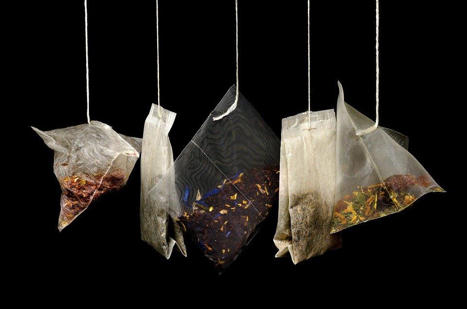 10 необычных способов использования чайных пакетиков, о которых вы не догадывались - фото 1