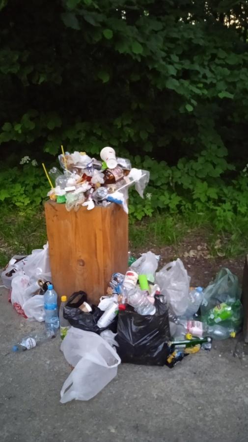 Нижегородцы жалуются на мусор в Щелоковском хуторе - фото 1