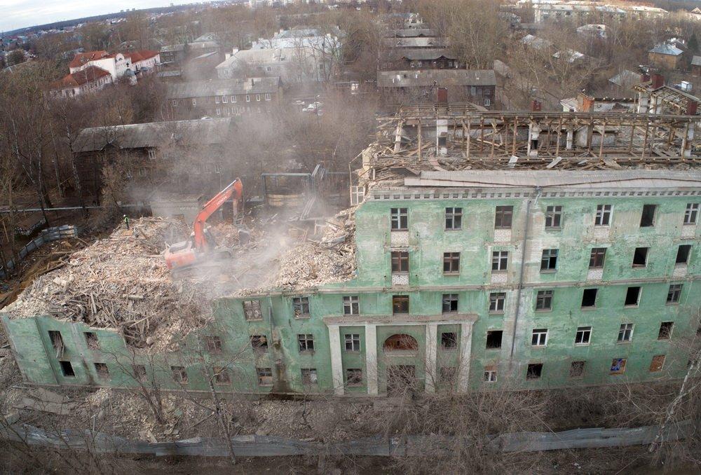 Снос дома на улице Самочкина продлится до 27 апреля - фото 1