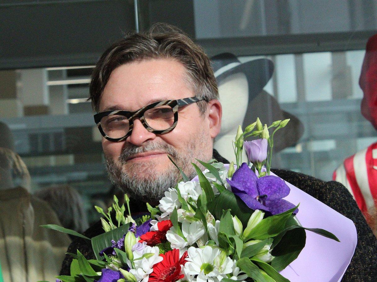 Историк моды Александр Васильев открыл уникальную выставку в Нижнем Новгороде - фото 1