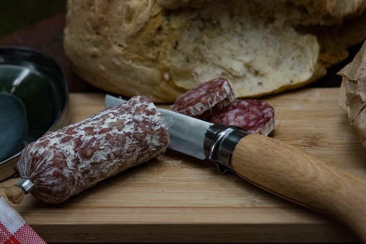 В Роскачестве назвали марки лучшей сырокопченой колбасы «Брауншвейгская» - фото 1