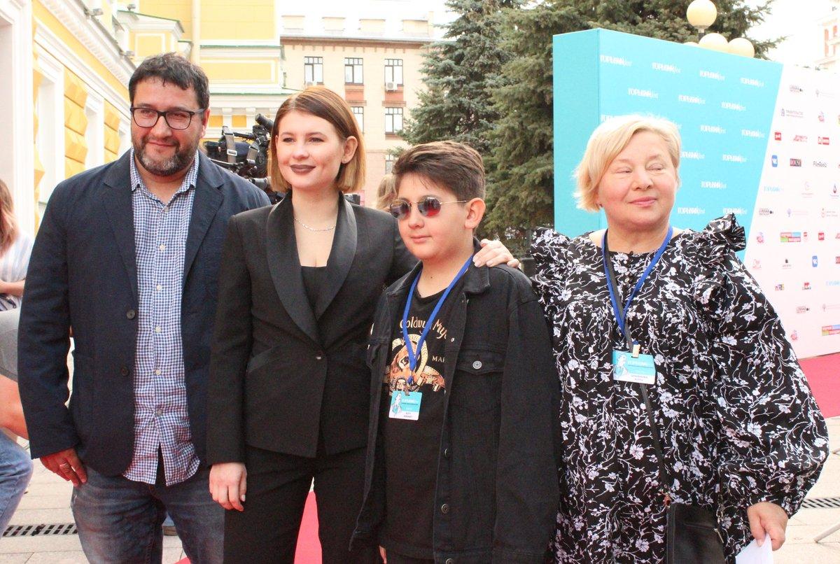 Звезды российского кино приехали в Нижний Новгород на «Горький fest» - фото 8