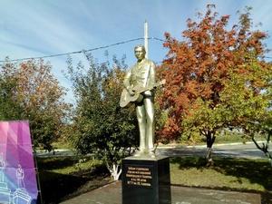 Первый памятник студенческим отрядам появился в Нижнем Новгороде (ФОТО)