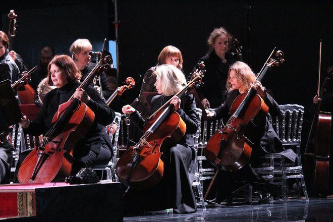 Звезды мировой оперы выступили на Стрелке - фото 4