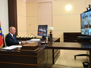 Путин заявил о завершении с 12 мая периода нерабочих дней