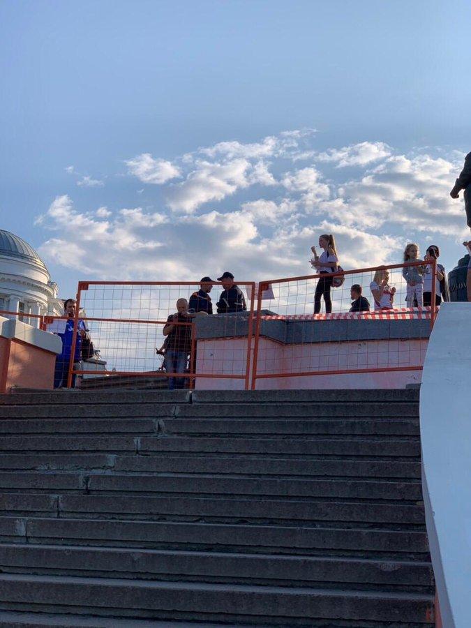 Фасад Чкаловской лестницы обрушился в Нижнем Новгороде - фото 2