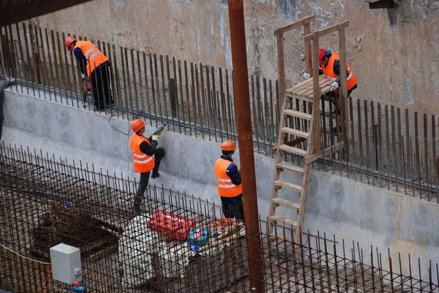 Осторожно, «Стрелка» осыпается: новой станции метро потребовался ремонт - фото 3