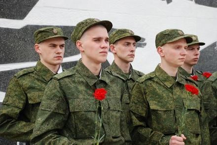 Около 100 нижегородцев отправились на службу в воинские части Западного военного округа