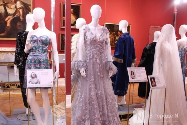 Выставка платьев Водяновой, Толкуновой и жены губернатора Никитина  проходит в Нижнем Новгороде