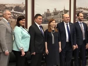 Елизавета Солонченко встретилась с израильским послом Гарри Кореном
