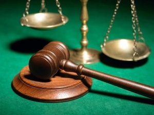 Нижегородке грозит 10 лет лишения свободы за избиение сожителя поленом
